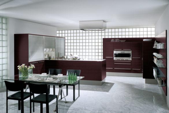 Farbe der Emme-Küche: Aubergine