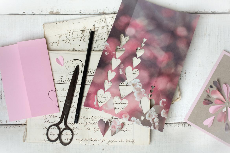muttertag, karte zum muttertag, karte selber machen, karte herz, herzblume, papier