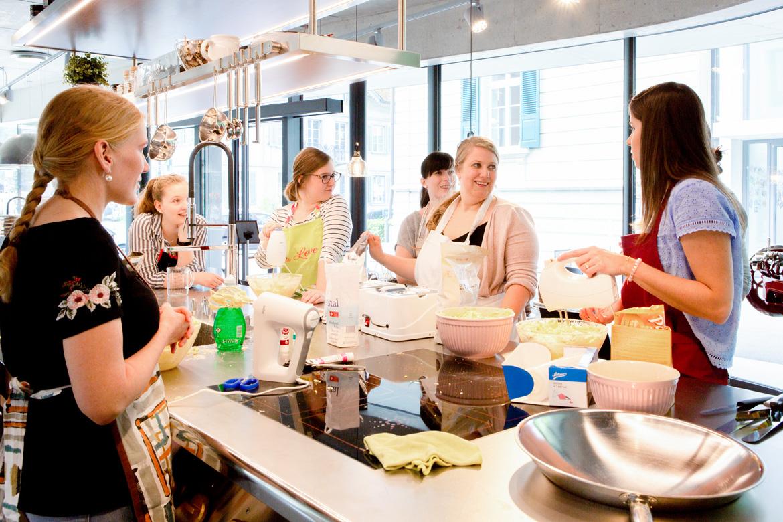 Tortenkurs mit Jenny's Cakes in der EMME-Küchenausstellung