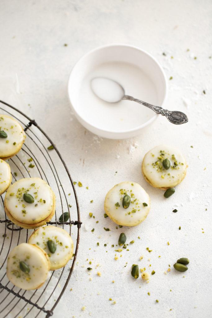 pistaziensables, sables, backen mit pistazien, pistazien, weihnachtsbäckerei, weihnachten, backen, emmeküche, rezept, gwie, gwiegabriela