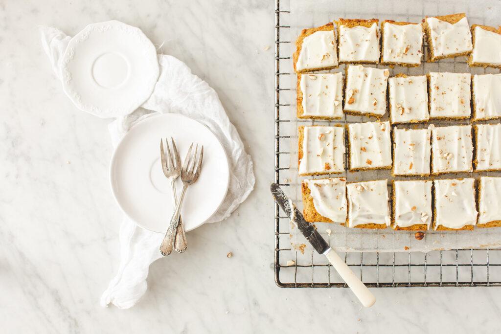 Frischkäsekuchen, karottenkuchen, ostern, backen für ostern, karottenfrischkäsekuchen, gwiegabriela, gwie, emmeküche,